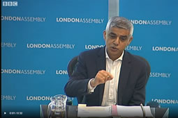 Polls Point To First Round Victory for Sadiq Khan